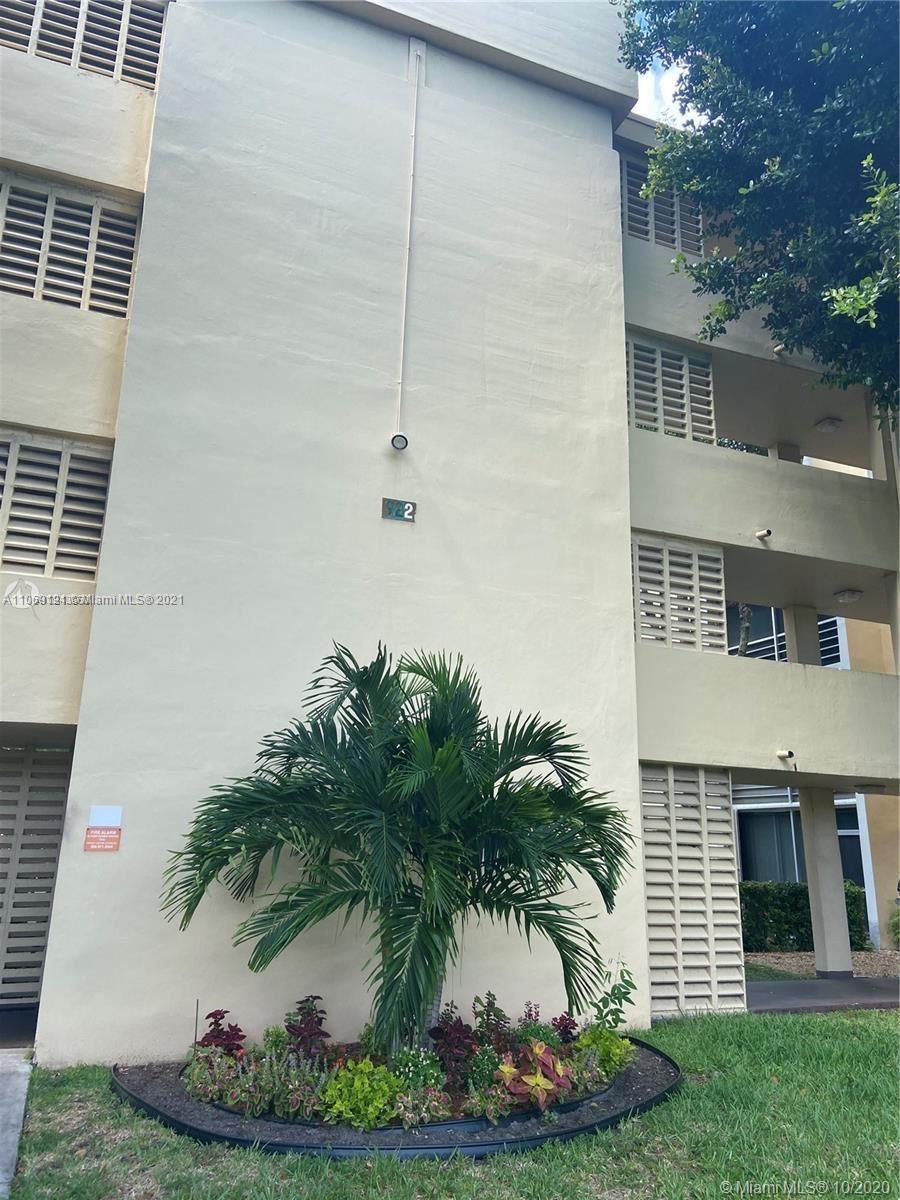 922 NE 199th St #104, Miami, FL 33179 - #: A11069121