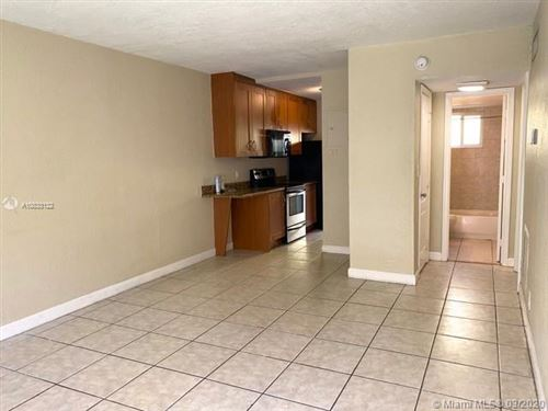 Photo of 2643 NE 8th Ave #5, Wilton Manors, FL 33334 (MLS # A10833122)