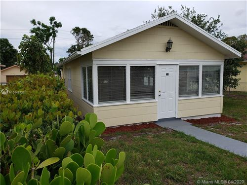 Foto de inmueble con direccion 318 N B Street Lake Worth FL 33460 con MLS A10848122