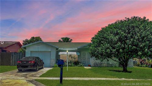 Photo of 22220 SW 61st Ave, Boca Raton, FL 33428 (MLS # A10888122)