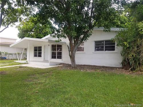 Photo of 12025 SW 187, Miami, FL 33177 (MLS # A10840123)