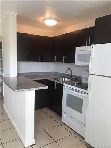 Photo of 815 NE 14th Ct #1, Fort Lauderdale, FL 33304 (MLS # A10886123)