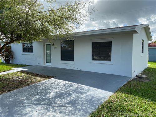 Photo of 10955 SW 223rd St, Miami, FL 33170 (MLS # A11005123)