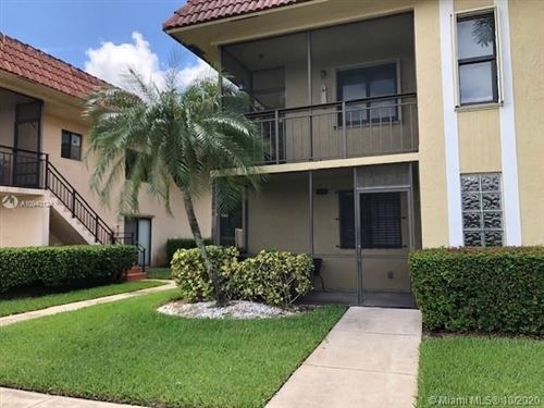 Photo of 321 Lakeview Dr #101, Weston, FL 33326 (MLS # A10940124)