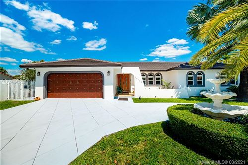 Photo of 10775 SW 31st St, Miami, FL 33165 (MLS # A11017124)