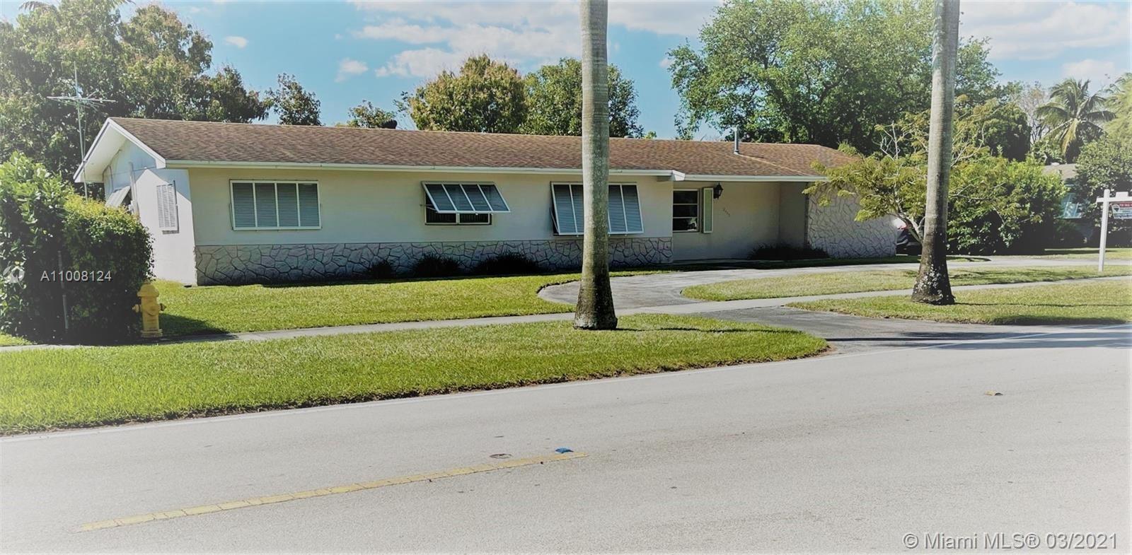 12440 SW 107th Ave, Miami, FL 33176 - #: A11008124