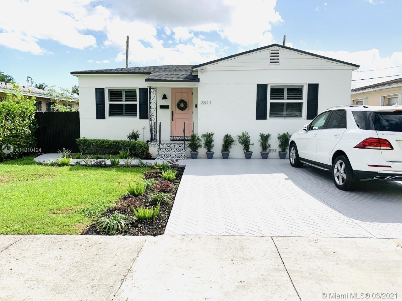 Photo of 2811 SW 68th Ave, Miami, FL 33155 (MLS # A11010124)