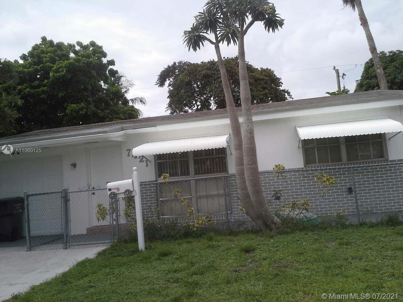 Hollywood, FL 33024