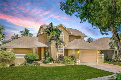 Photo of Listing MLS a10902126 in 5832 SW 88th Ter Cooper City FL 33328