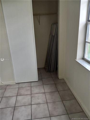 Photo of 7830 NW 33rd St #102, Davie, FL 33024 (MLS # A11109126)