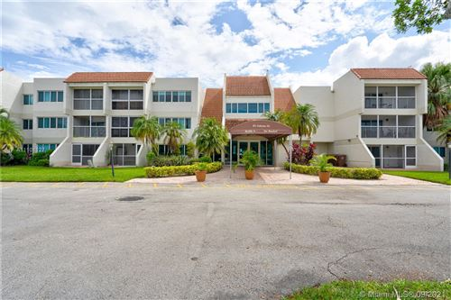 Photo of 100 Lakeview Dr #216, Weston, FL 33326 (MLS # A11101127)