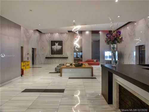Photo of Listing MLS a10820128 in 1100 BISCAYNE BL #2705 Miami FL 33132