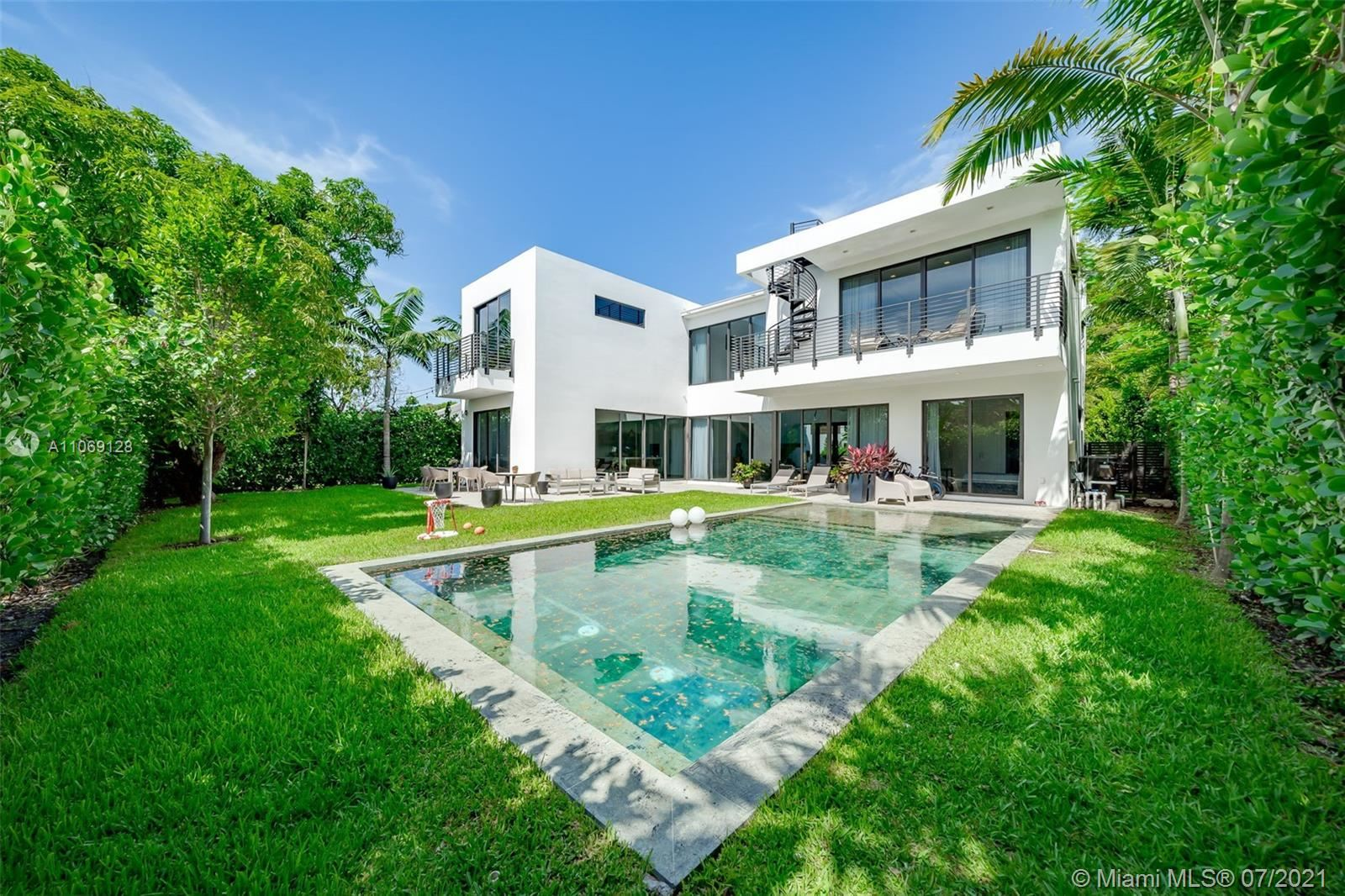 Photo of 4494 Adams Ave, Miami Beach, FL 33140 (MLS # A11069128)