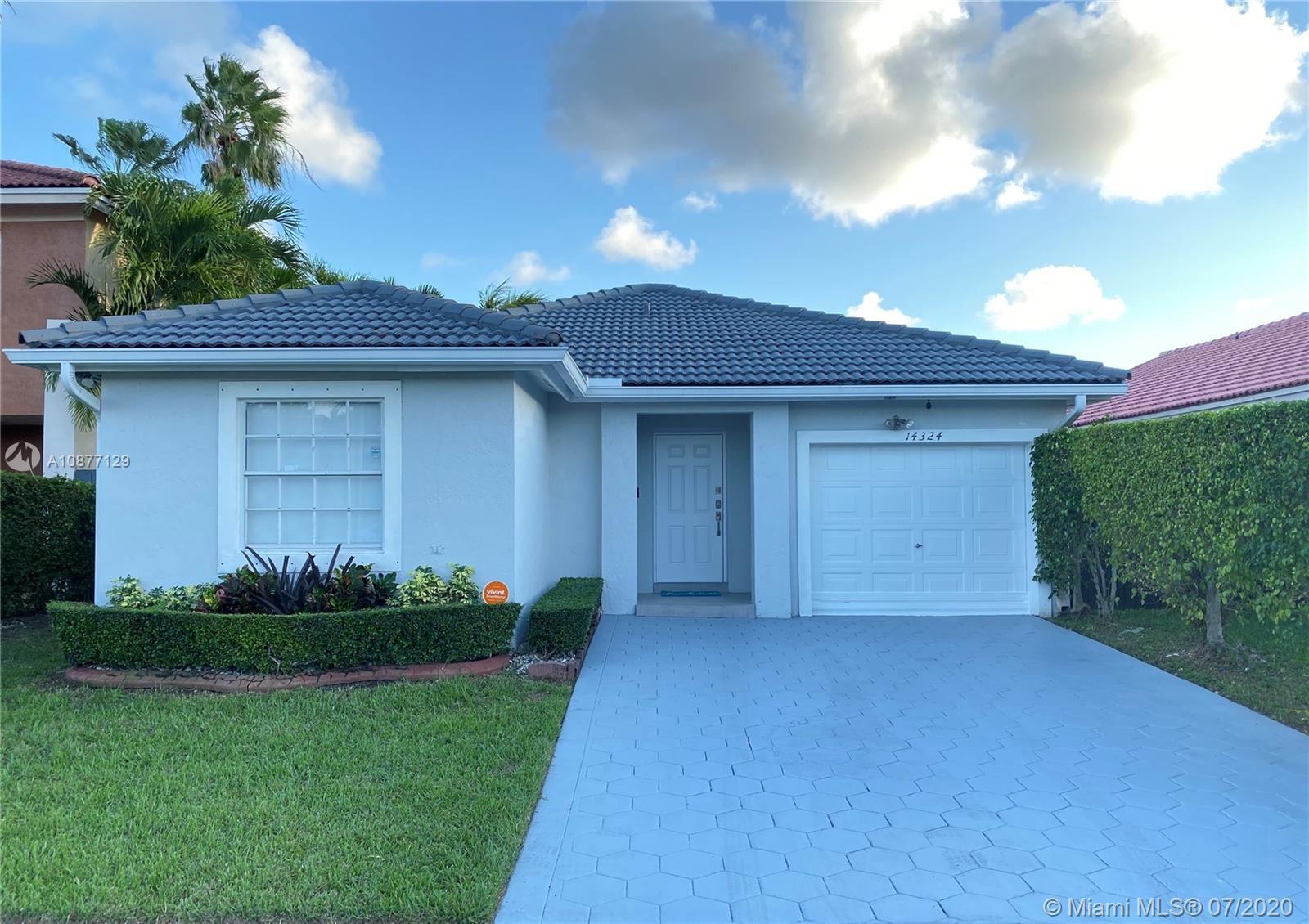 14324 SW 176th Ter, Miami, FL 33177 - #: A10877129