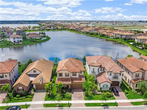 Photo of 11420 E Watercrest Cir E, Parkland, FL 33076 (MLS # A11064130)