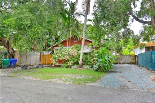 Photo of Listing MLS a10897131 in 2320 Swanson Ave Coconut Grove FL 33133