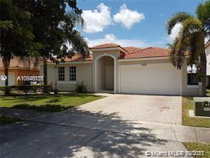 Photo of 10076 SW 161st Pl, Miami, FL 33196 (MLS # A10946131)