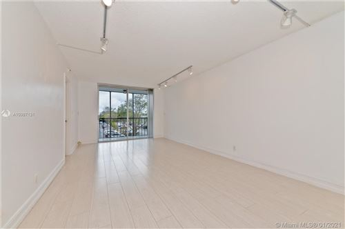 Photo of 5321 NE 24th Ter #314A, Fort Lauderdale, FL 33308 (MLS # A10987131)