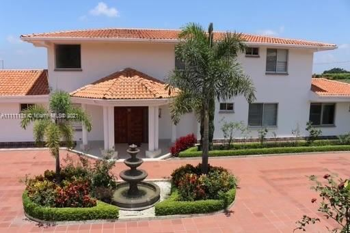 Photo of EL CERRITO VALLE DEL CAUCA, MIAMI, FL 33179 (MLS # A11111131)