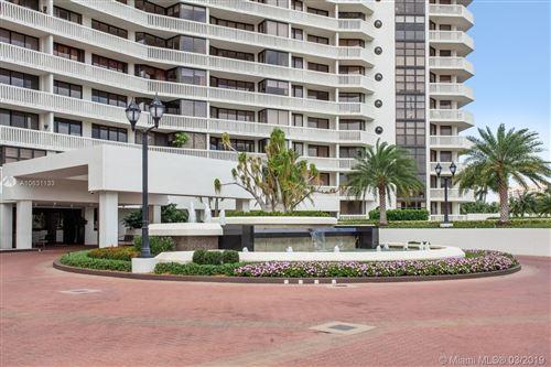 Photo of 1000 W island Blvd #313, Aventura, FL 33160 (MLS # A10631133)