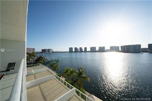 Foto de inmueble con direccion 18100 N Bay Rd #504 Sunny Isles Beach FL 33160 con MLS A10851133