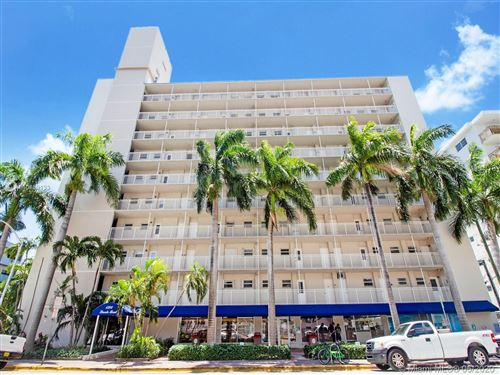 Photo of Listing MLS a10859133 in 1300 Lincoln Rd #C803 Miami Beach FL 33139