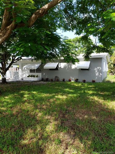 Photo of Listing MLS a10903133 in 1050 NW 23rd Way Fort Lauderdale FL 33311