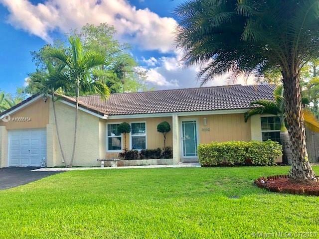 8992 W Shadow Wood Blvd, Coral Springs, FL 33071 - #: A10666134