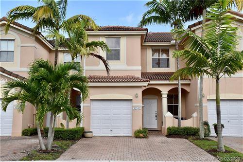Foto de inmueble con direccion 12513 SW 125th Ct Miami FL 33186 con MLS A10819135
