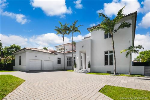 Photo of 7220 Los Pinos Blvd, Coral Gables, FL 33143 (MLS # A10886135)