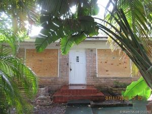 Photo of 918 NW 10th Ct, Miami, FL 33136 (MLS # A10398136)