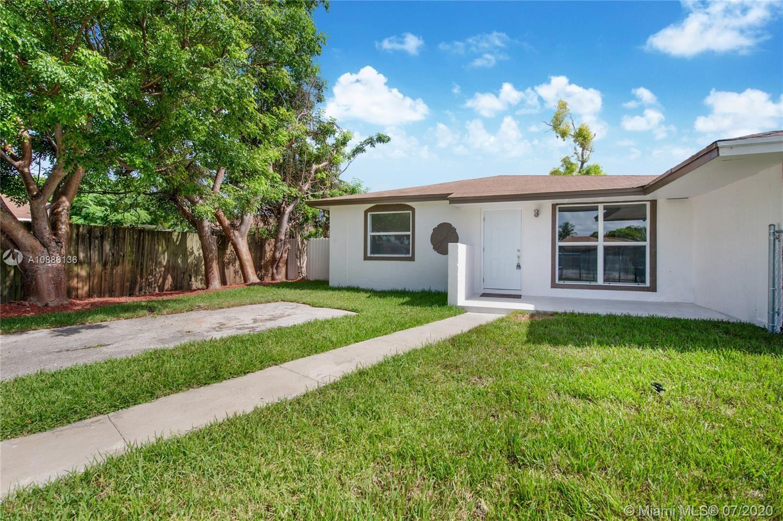 11327 SW 188th Ter, Miami, FL 33157 - #: A10886136