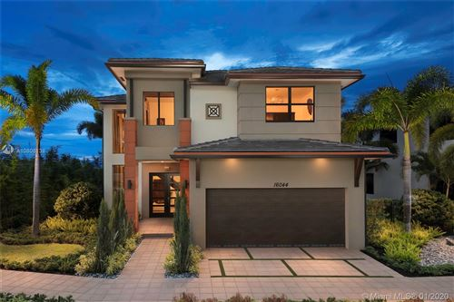Photo of Listing MLS a10808138 in 8880 NW 161 TERR Miami Lakes FL 33018
