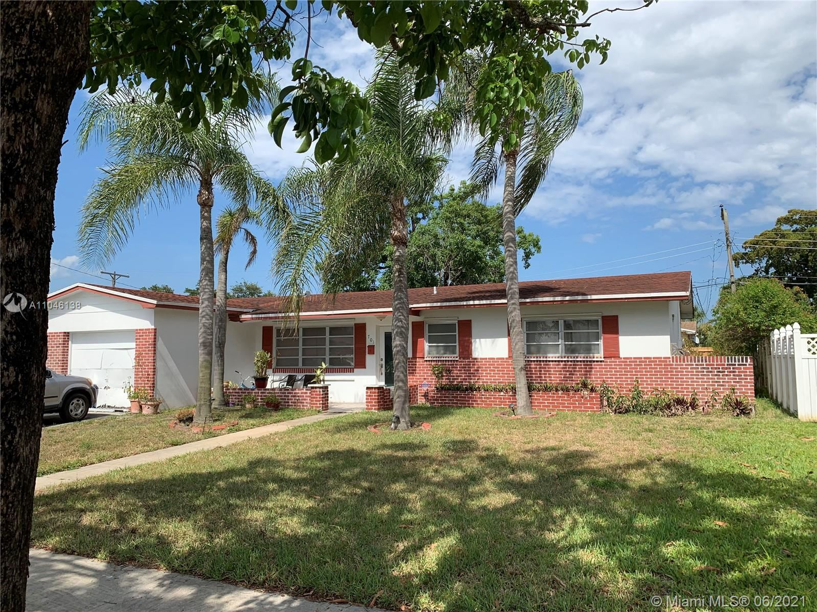 701 NW 78th Ave, Pembroke Pines, FL 33024 - #: A11046138
