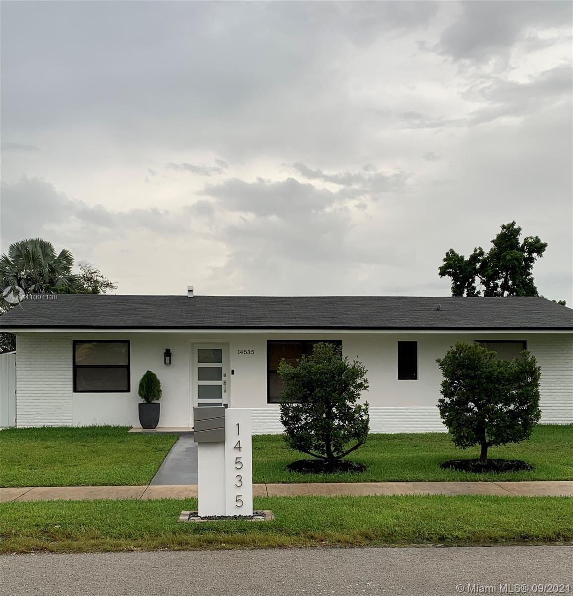 14535 SW 105th Ct, Miami, FL 33176 - #: A11094138