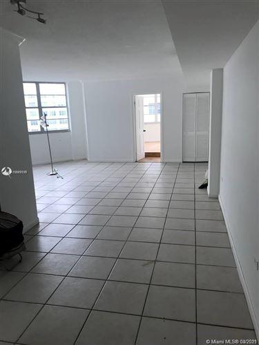Photo of 999 Brickell Bay Dr #1705, Miami, FL 33131 (MLS # A11007139)