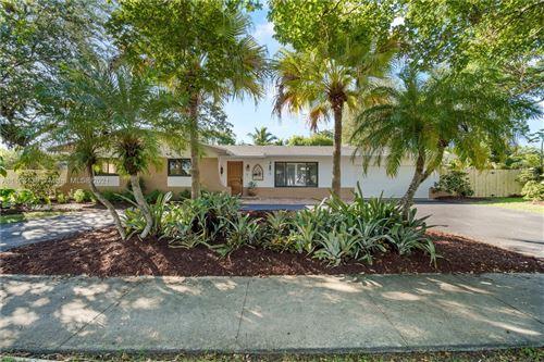 Photo of 11020 SW 120th St, Miami, FL 33176 (MLS # A11113139)