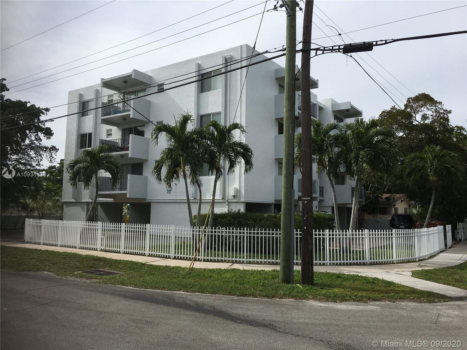 Photo of North Miami, FL 33161 (MLS # A10931139)