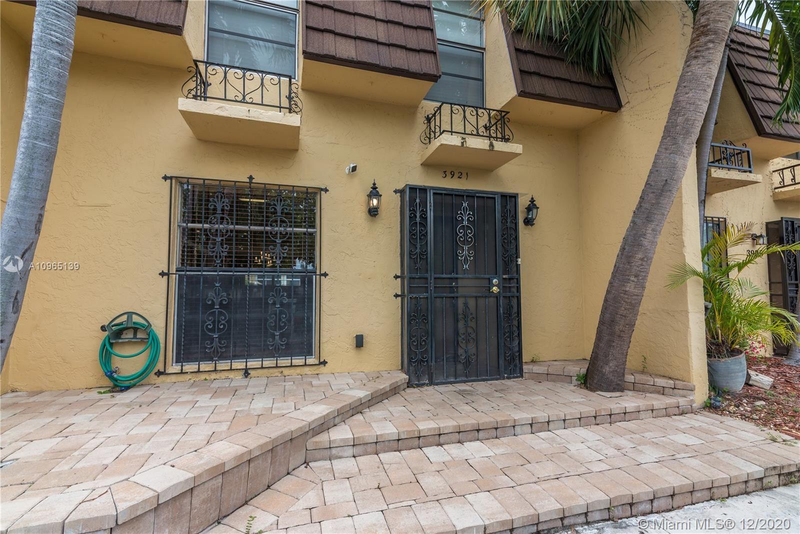 Photo of 3921 NE 167th St #21, North Miami Beach, FL 33160 (MLS # A10965139)