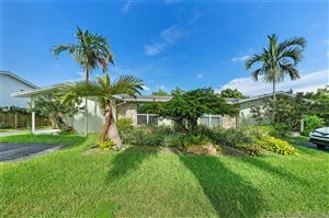Photo of Listing MLS a10720140 in 10650 SW 77th Ave Pinecrest FL 33156