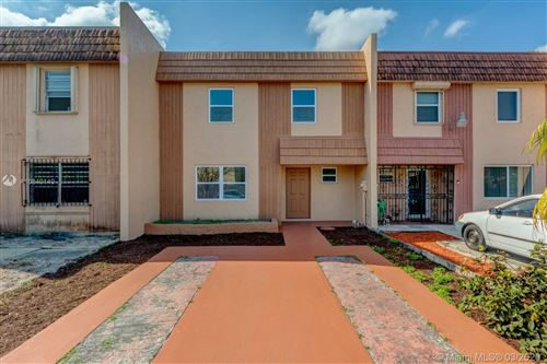 Photo of 860 W 81st Pl #860, Hialeah, FL 33014 (MLS # A10840140)