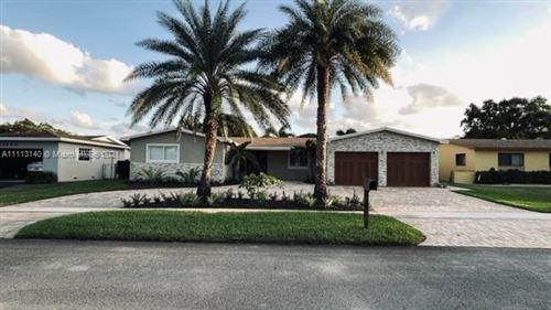 Photo of 11700 NW 15, Pembroke Pines, FL 33026 (MLS # A11113140)