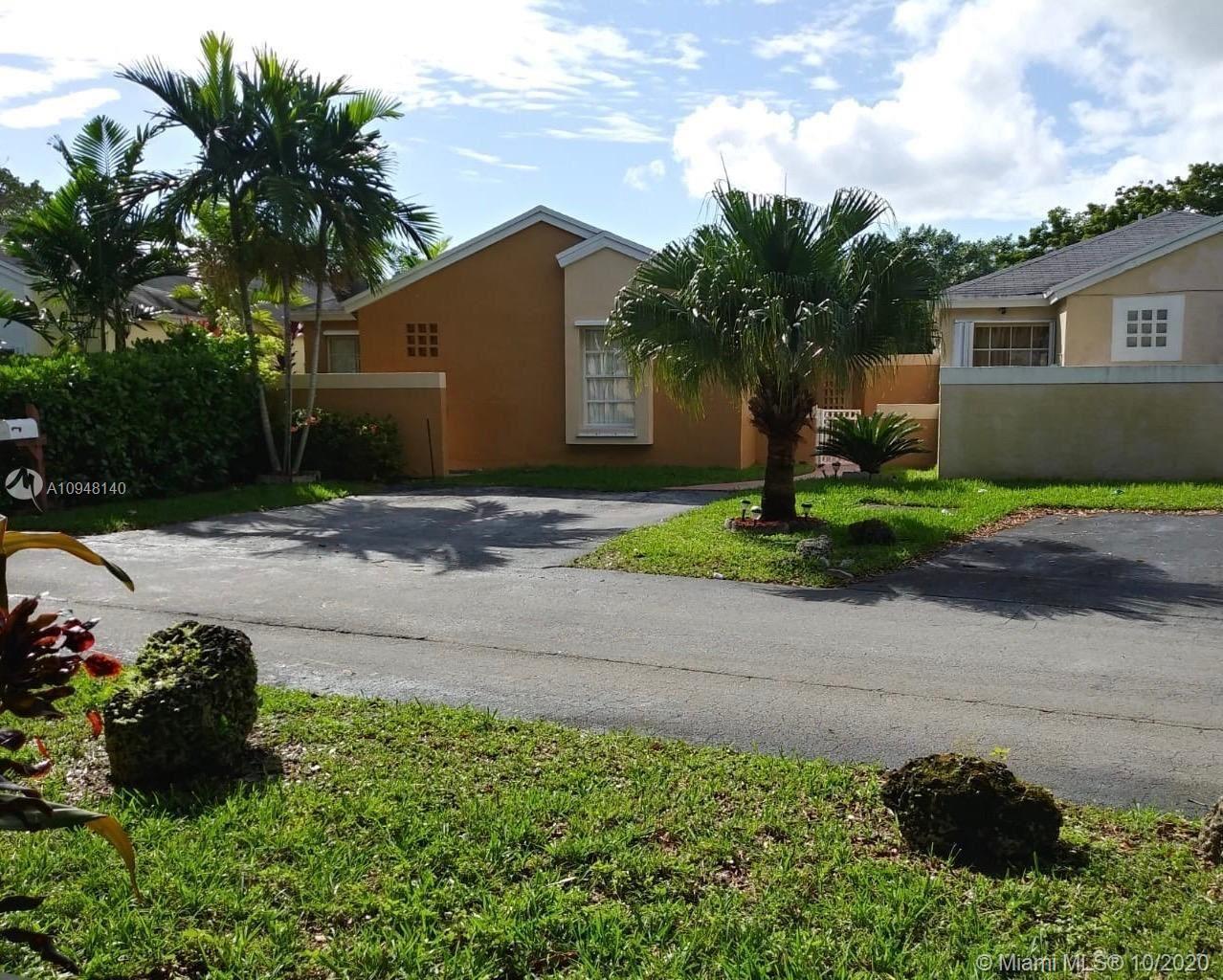 Photo of 7470 SW 149th Ct, Miami, FL 33193 (MLS # A10948140)