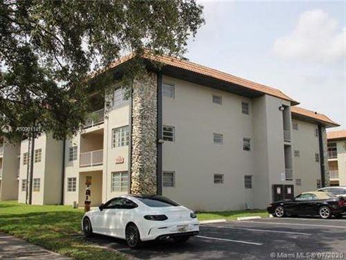 Foto de inmueble con direccion 13900 Lake Placid Ct #A19 Miami Lakes FL 33014 con MLS A10901141