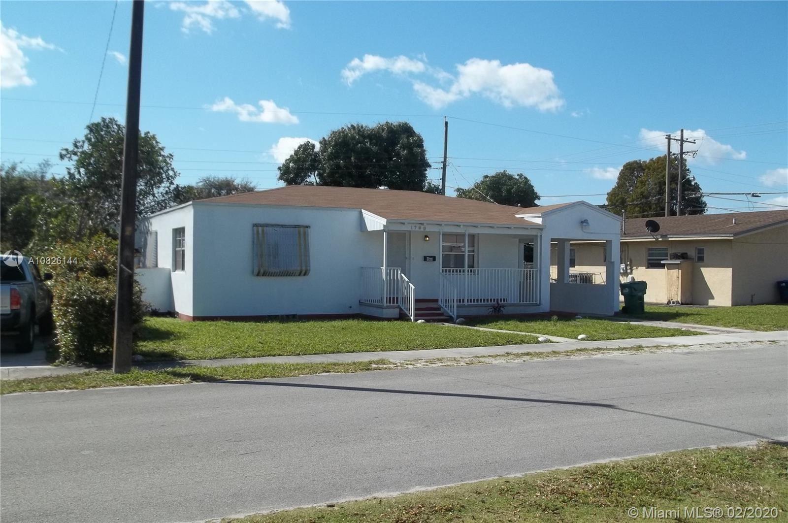 1790 NW 83rd St, Miami, FL 33147 - #: A10826144
