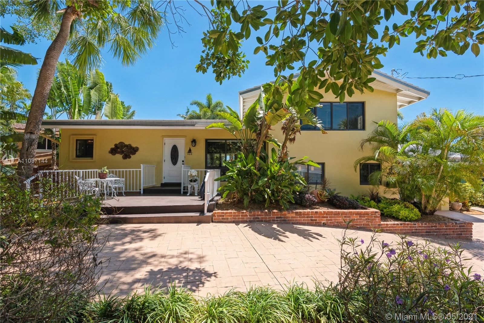 Photo of 420 SW 18th Ave, Fort Lauderdale, FL 33312 (MLS # A11037144)