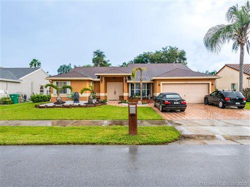 Photo of 1482 SW 97th Ln, Davie, FL 33324 (MLS # A10933146)