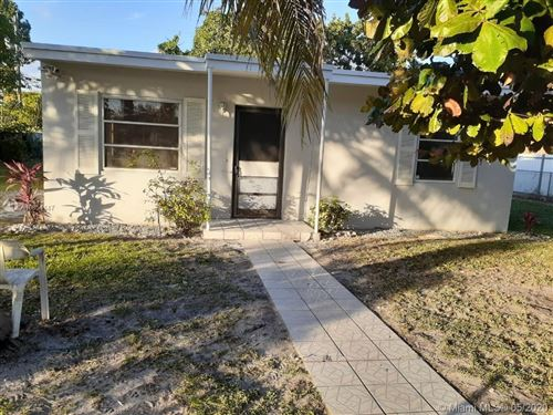 Photo of Listing MLS a10854147 in 1011 NW 140th St Miami FL 33168