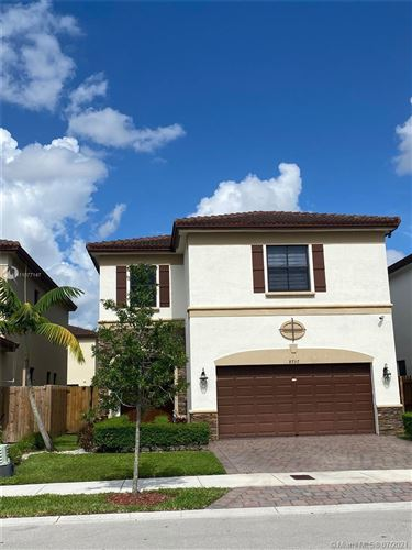 Photo of 8757 NW 100th Pl, Doral, FL 33178 (MLS # A11077147)