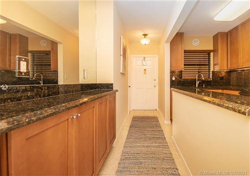Photo of Listing MLS a10916149 in 664 SE 20th Ave #23 Deerfield Beach FL 33441
